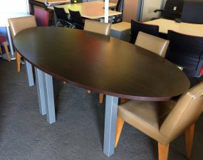 TABLE OVALE DE REUNION WENGE