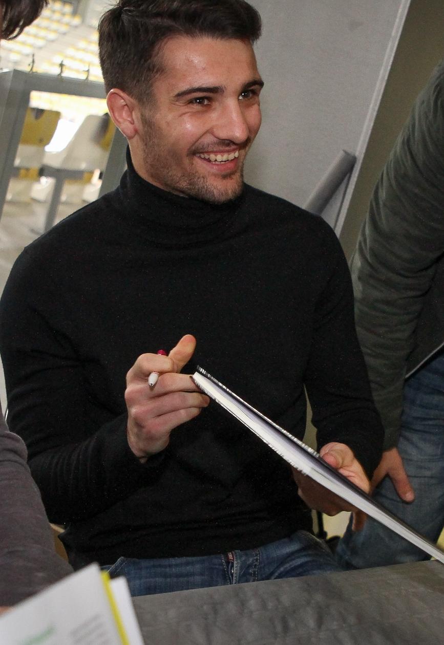Léo Dubois .jpg